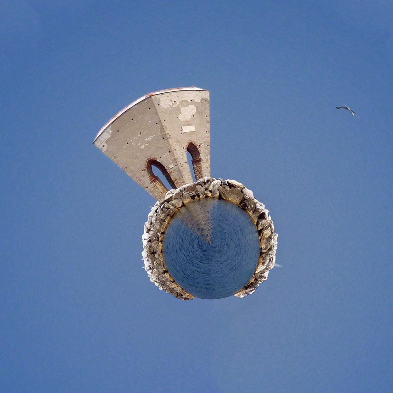Creare un Pianeta con una foto con Photoshop in 3 Passaggi - Pianeta La Meloria, Livorno